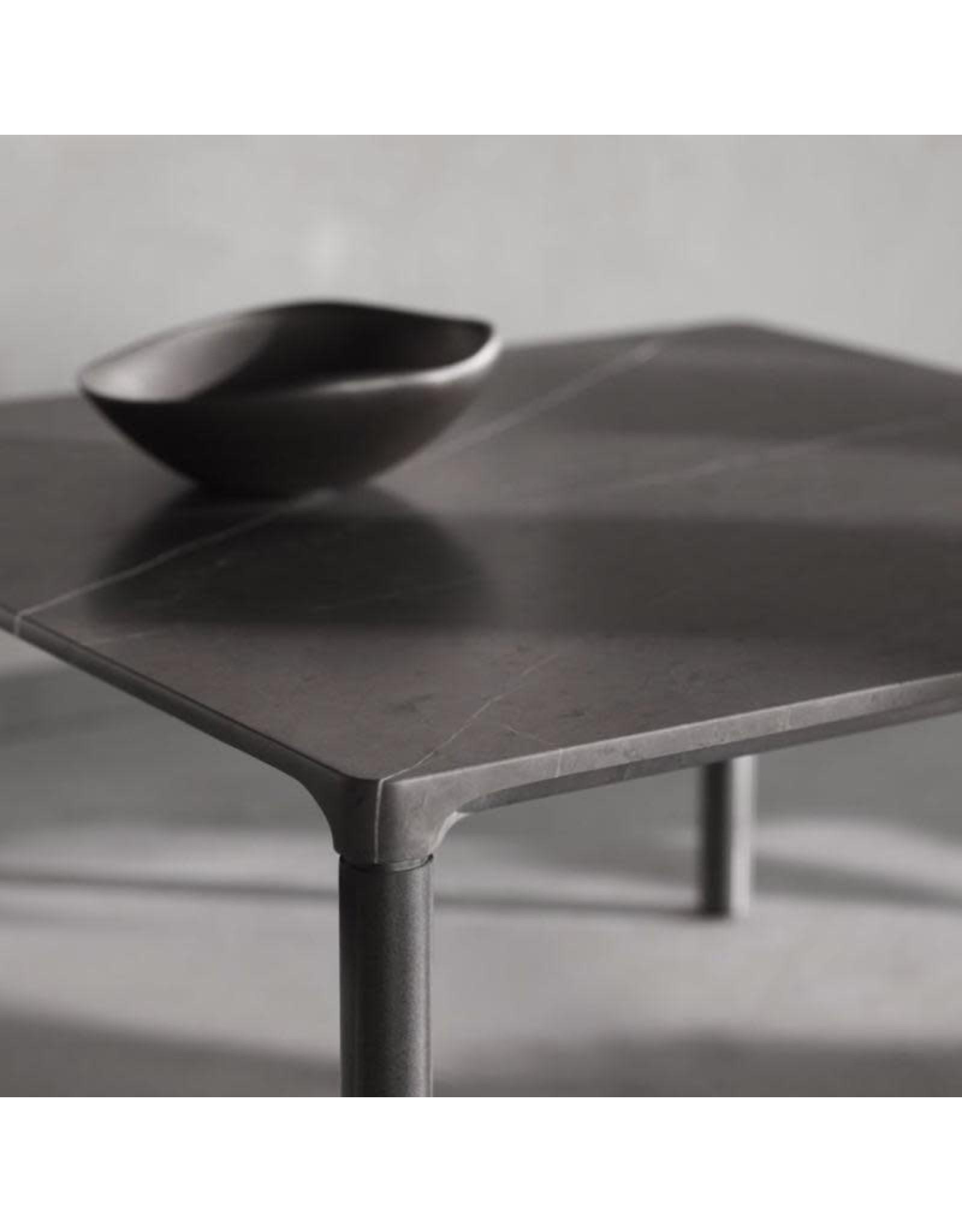 6750 PILOTI STONE TABLE