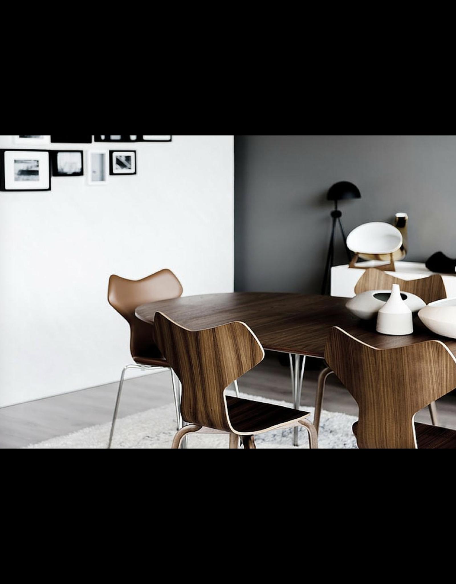 FRITZ HANSEN B614 SUPER-ELLIPTICAL TABLE IN WALNUT