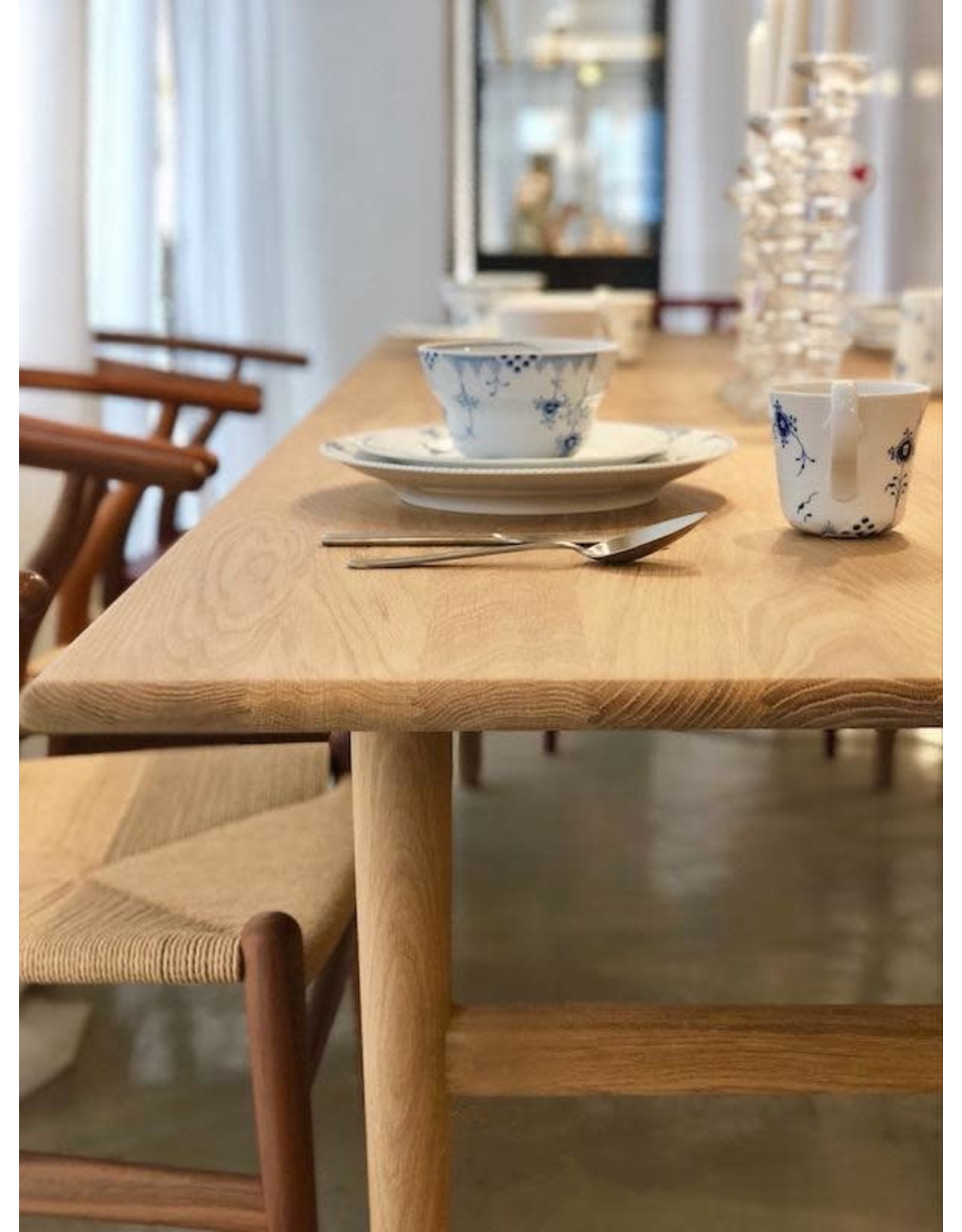 CARL HANSEN & SON CH327 DINING TABLE IN L248CM