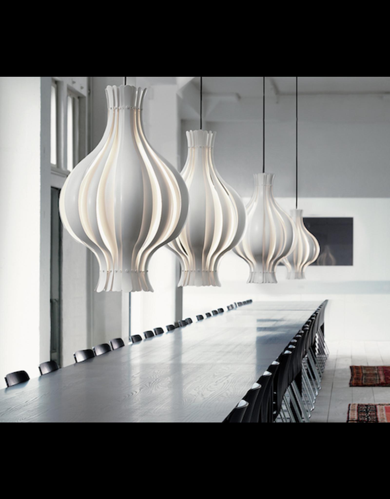 ONION-SHAPED PENDANT 白色面洋葱形金属吊灯