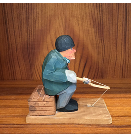 MANKS ANTIQUES PAINTED WOOD CARVING OF OLD SWEDISH MAN FISHING