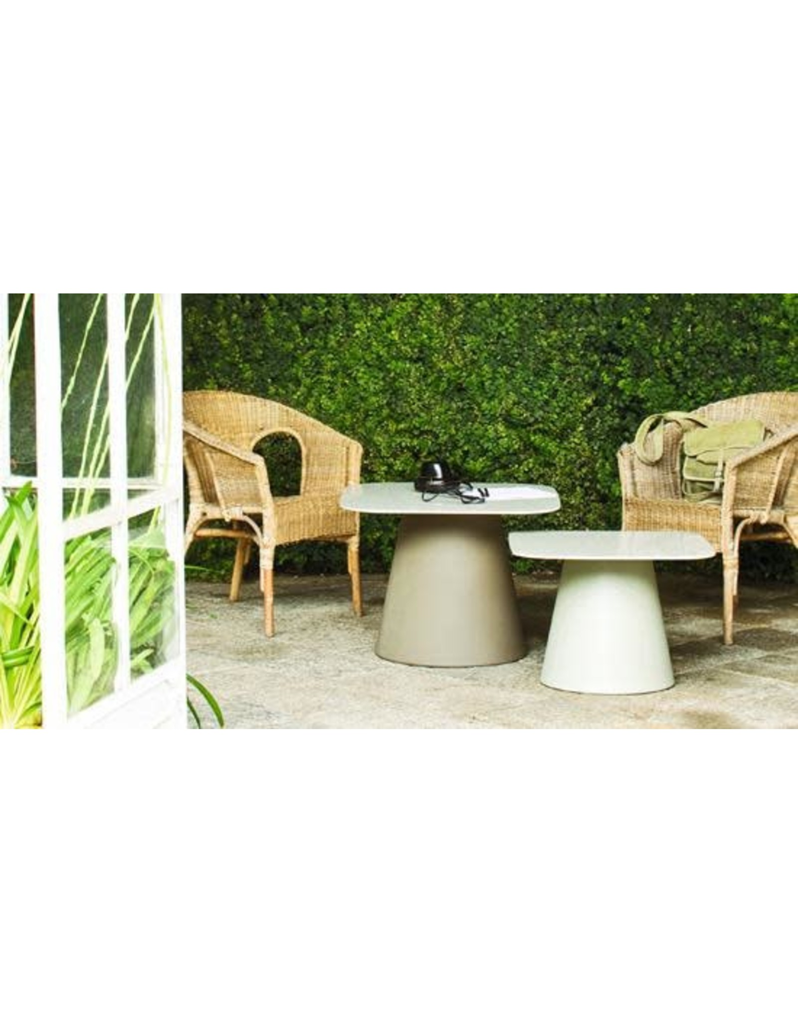 LOULOU50 SQUARE TABLE WITH WHITE LAMINATED TOP
