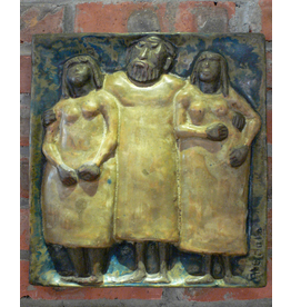 MANKS ANTIQUES WALL PLAQUE OF HAPPY MAN WITH TWO PRETTY LADIES