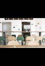 NERD 灰色漆面岑木酒吧椅