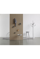 MATER TRUMPET COATSTAND IN PARTLY RECYCLED ALUMINIUM