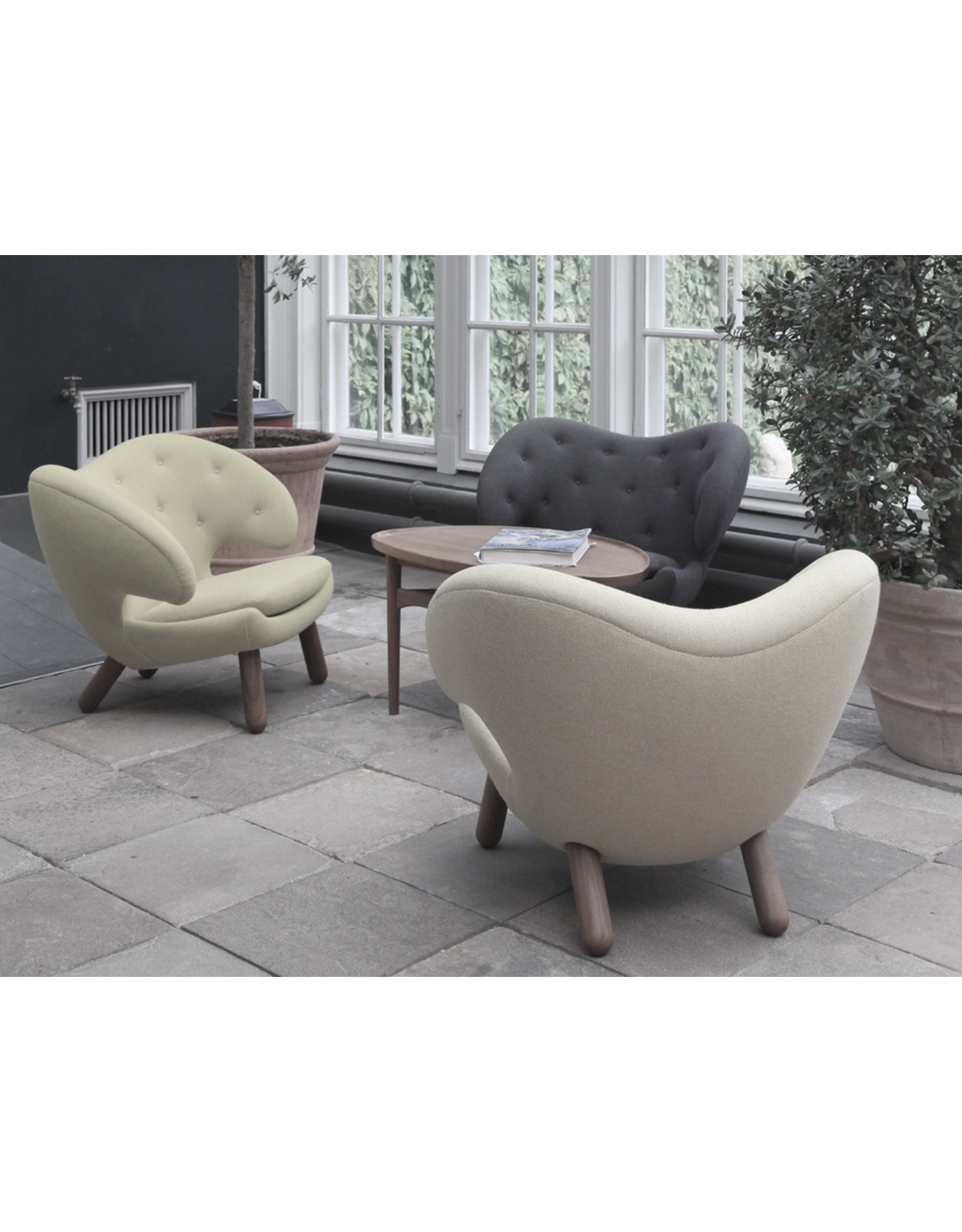 ONECOLLECTION THE PELICAN CHAIR