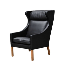 2204 THE WING CHAIR 翼椅