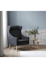 2204 THE WING CHAIR