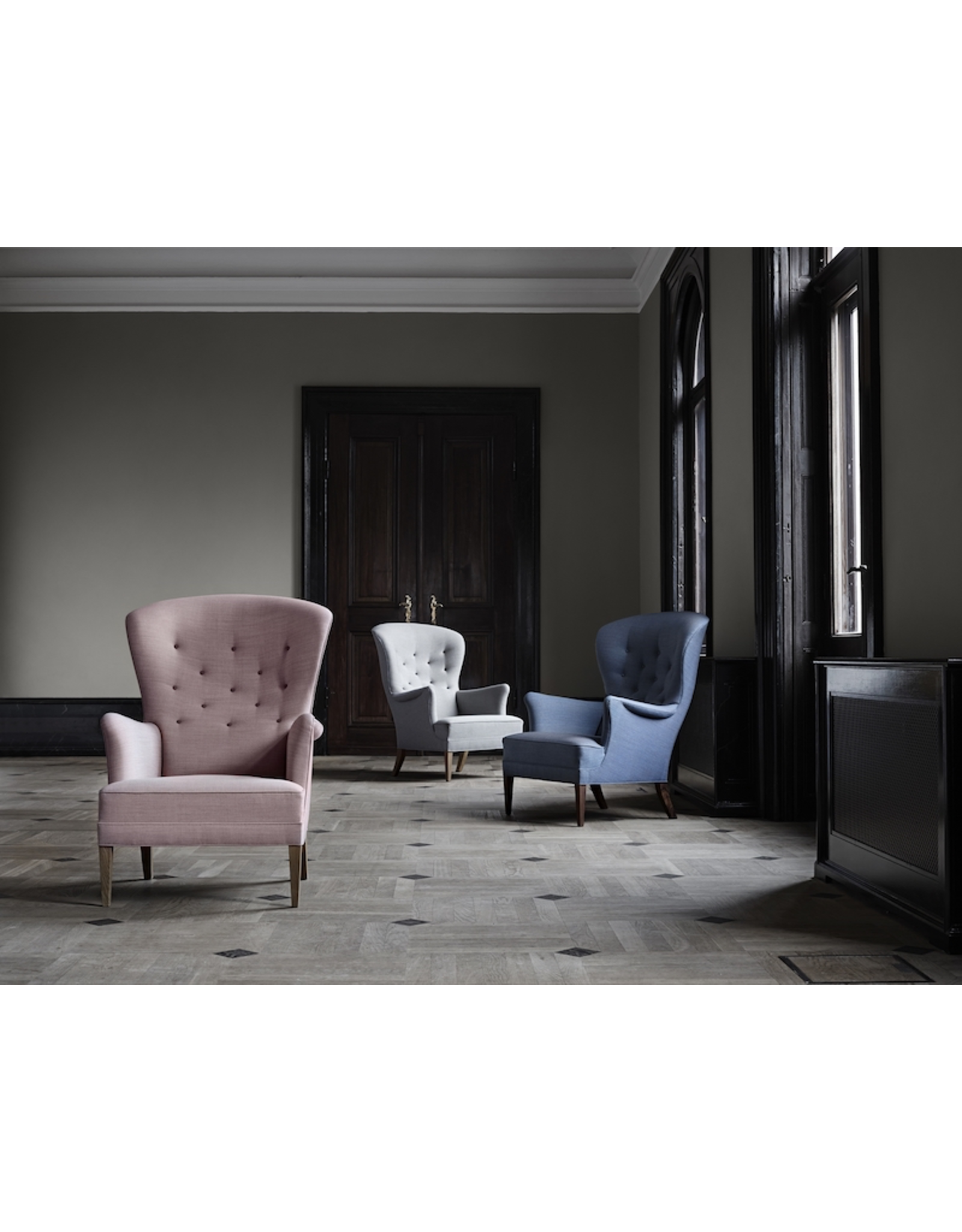 FH419 HERITAGE CHAIR