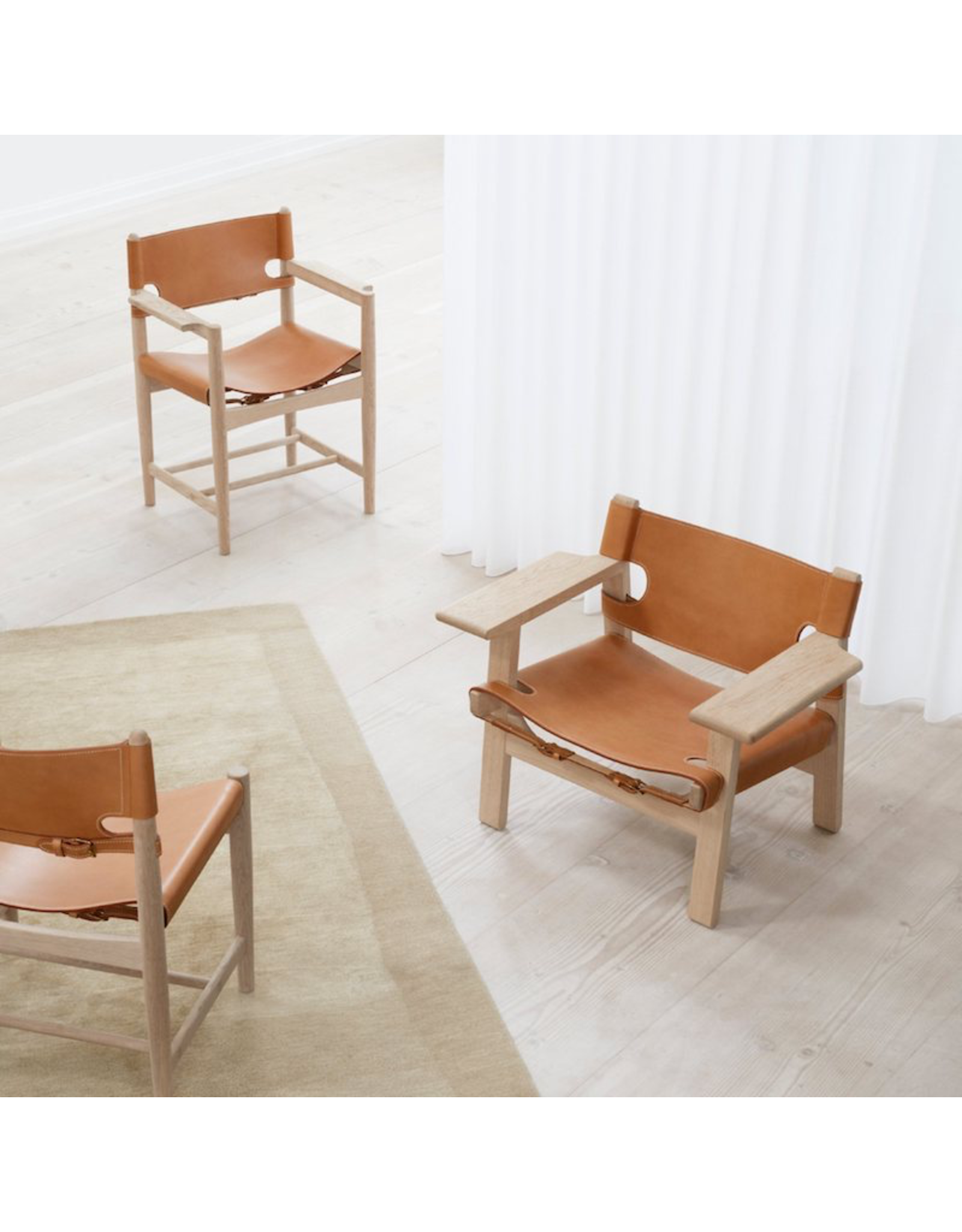 FREDERICIA THE SPANISH DINING CHAIR WITH ARMS
