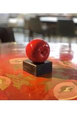 紅蘋果釉面北歐古董陶瓷雕塑 (帶簽名) / APPLE SCULPTURE