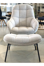 MANGO LOUNGE CHAIR WITH FOOT REST IN LIGHT GREY