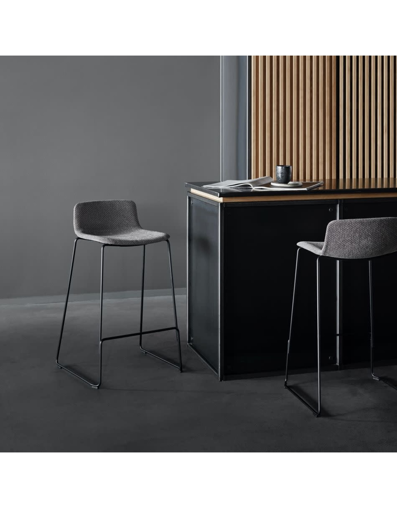 4317 PATO COUNTER STOOL IN FABRIC