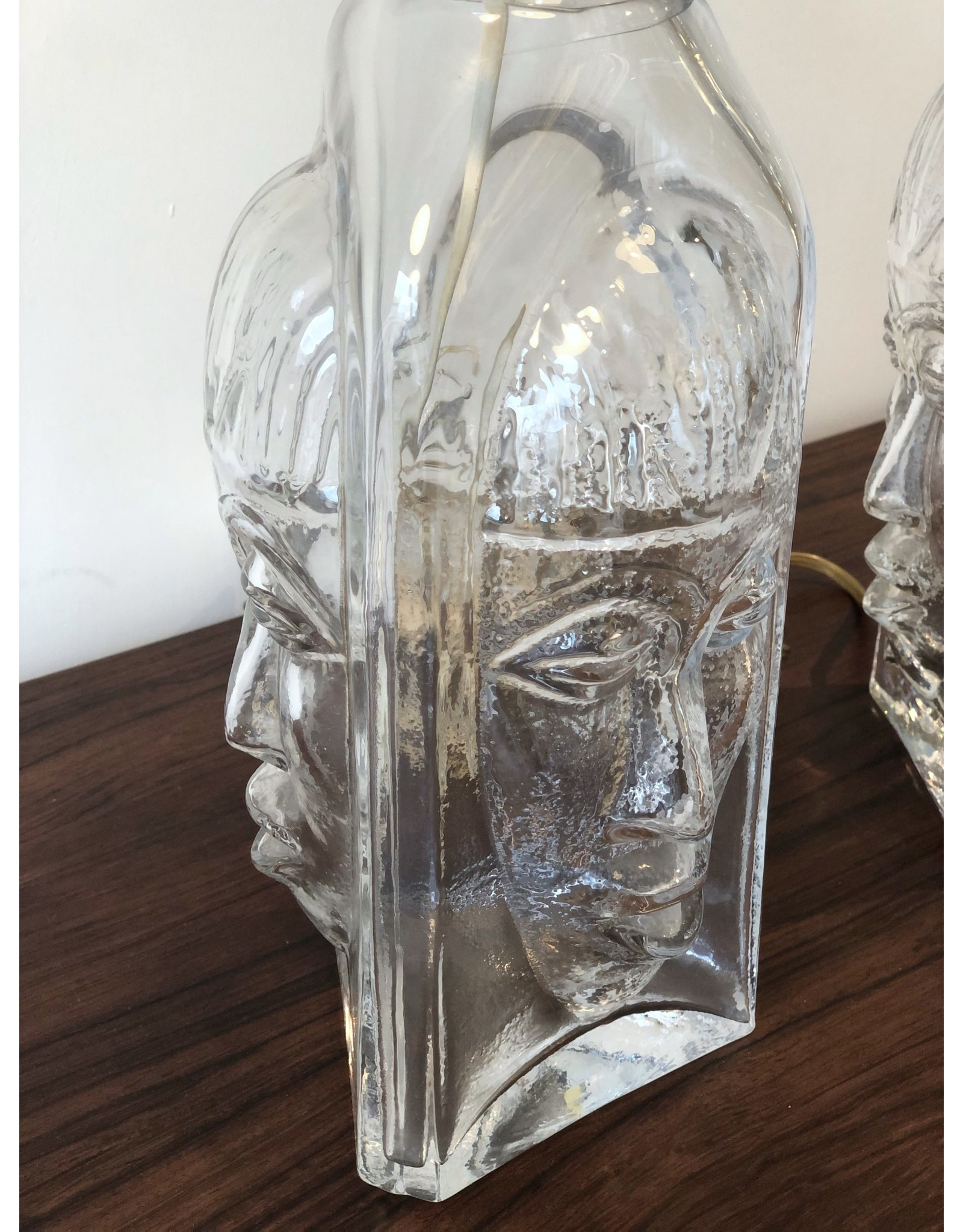 1960's PAIR OF STUDIO CLEAR GLASS TABLE LAMPS WITH FACES