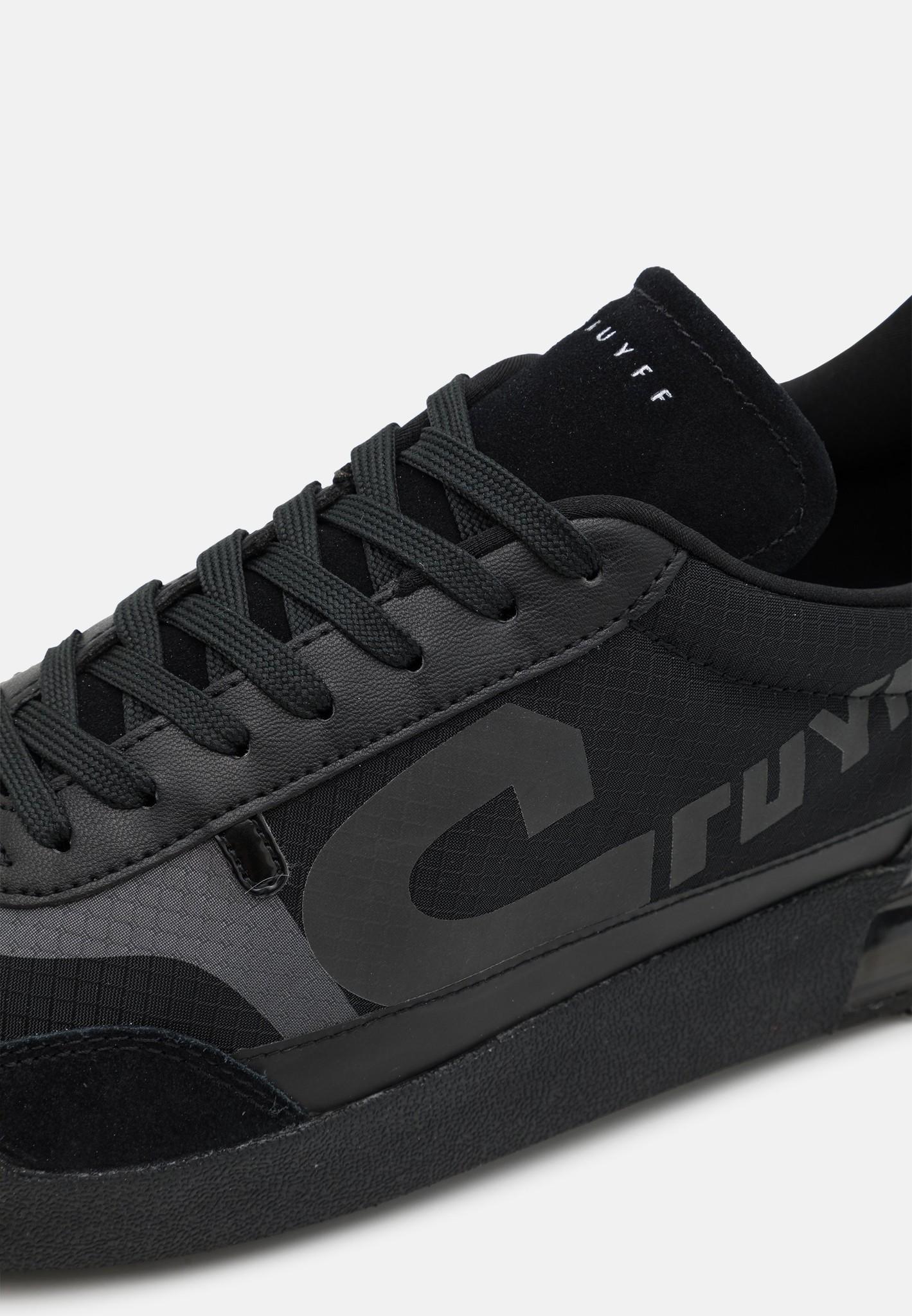 Cruyff Contra Black-6