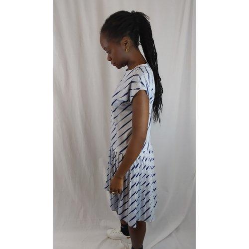 Gestipte jurk - wit blauw