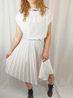 Plissé jurk - wit blauw detail