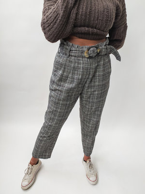 Geruite pantalon - grijs riem