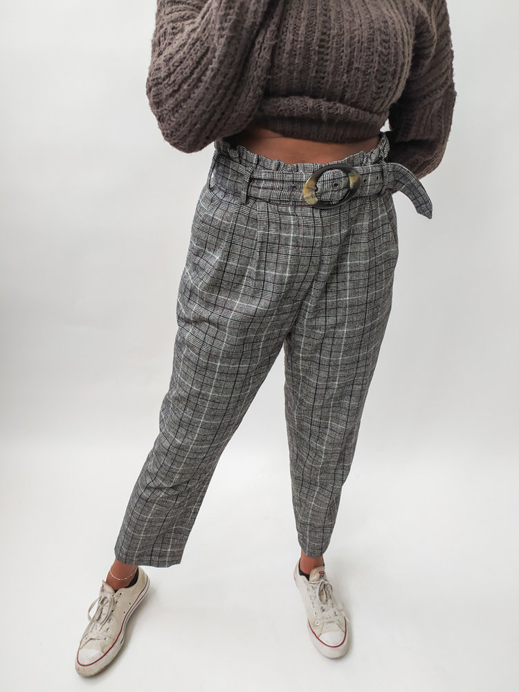 Checkered trousers - grey belt