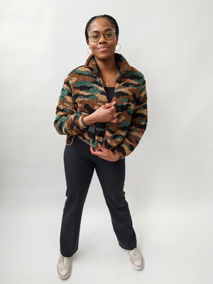 Fluffy bomber jacket - brown army pattern