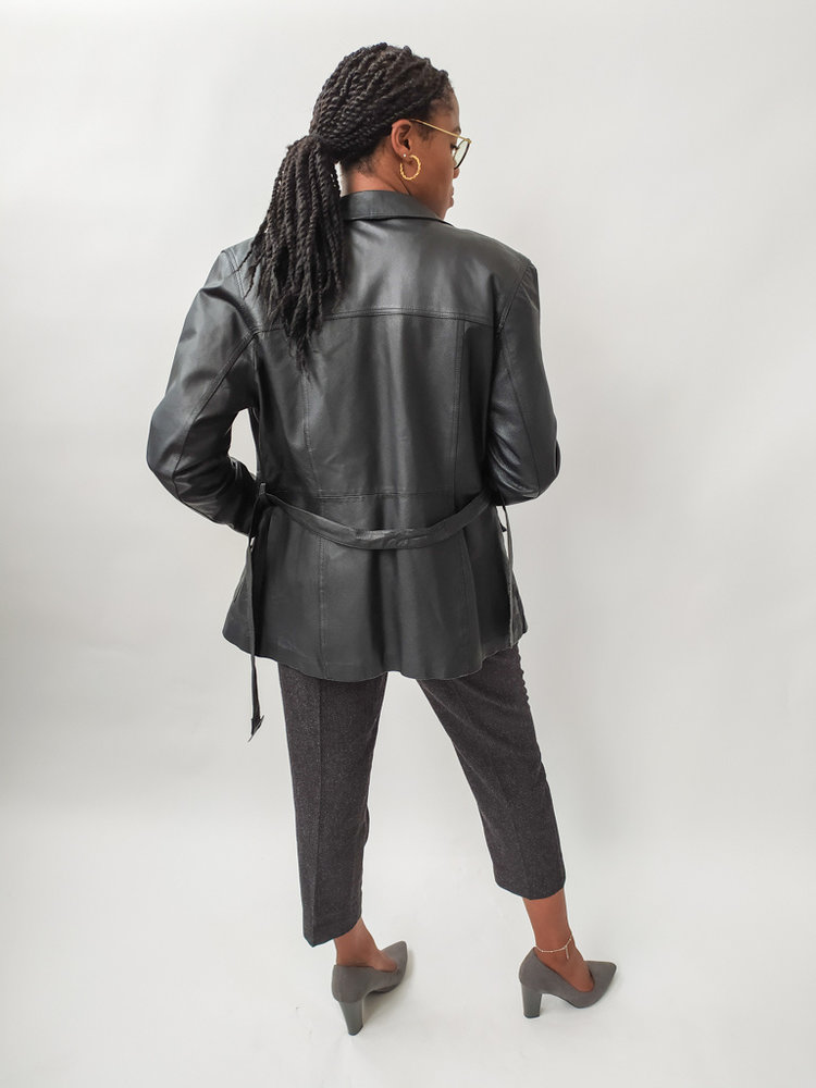 Long leather jacket - black belt