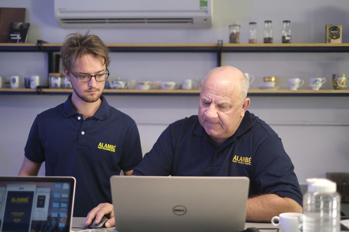 Tim Gründer von Alambé Switzerland mit Alexander Gründer von Alambé