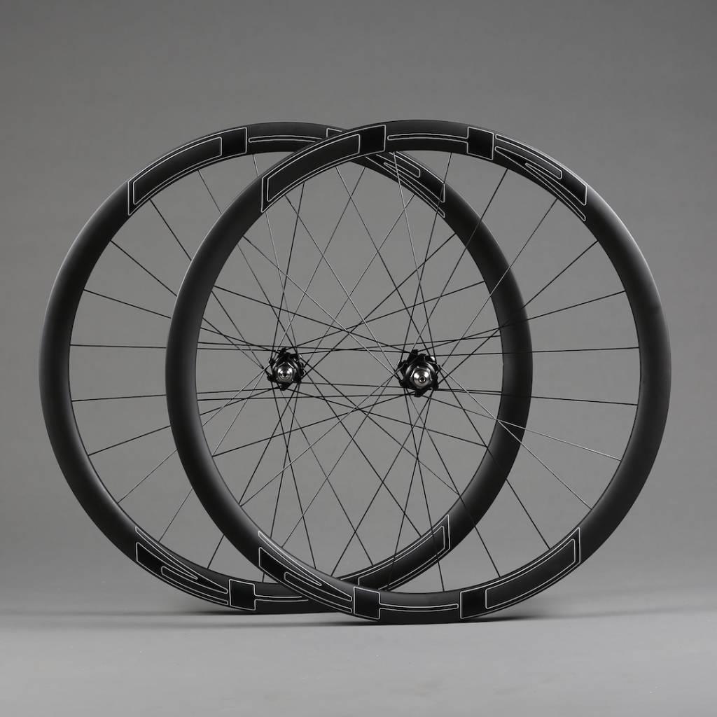S4T track, carbon, tubular