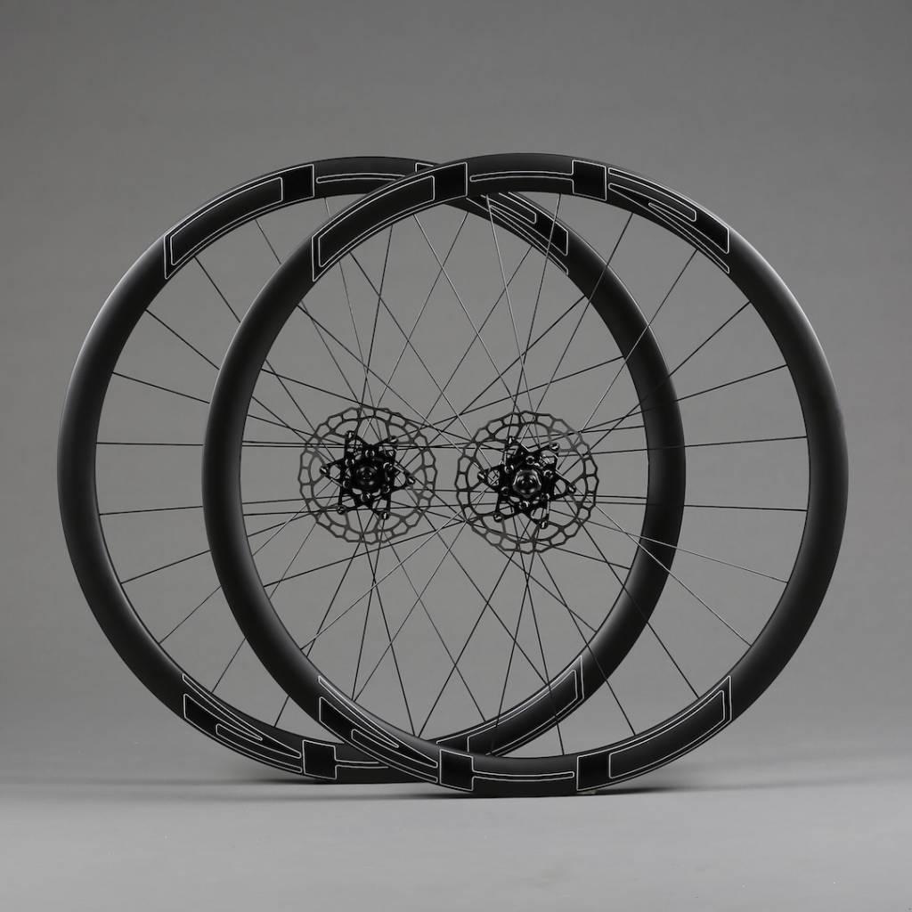 D4T road disc, carbon, tub