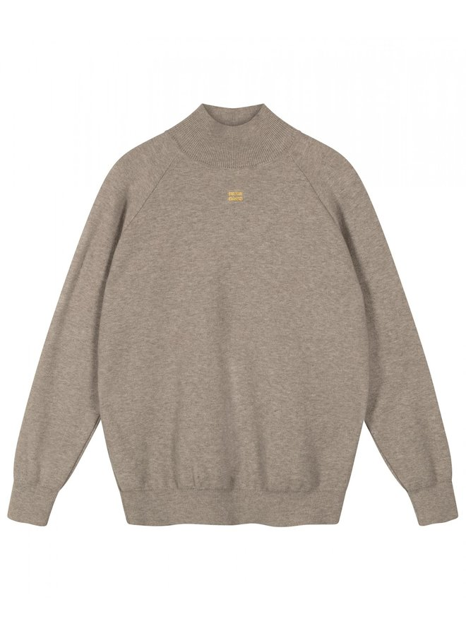 Knitted high neck sweater light grey melee