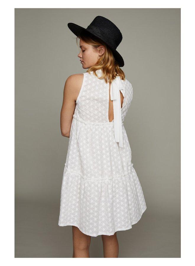 Betsy White - PV22020016-WHITE