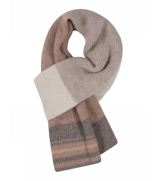 Gustav Defne knit scarf hazelnut