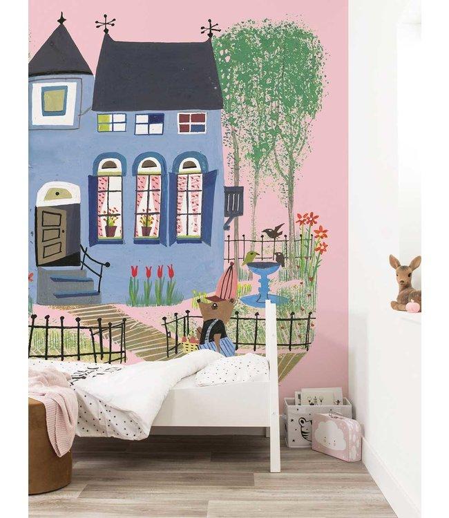 Fotobehang Bear with Blue House, 243.5 x 280 cm