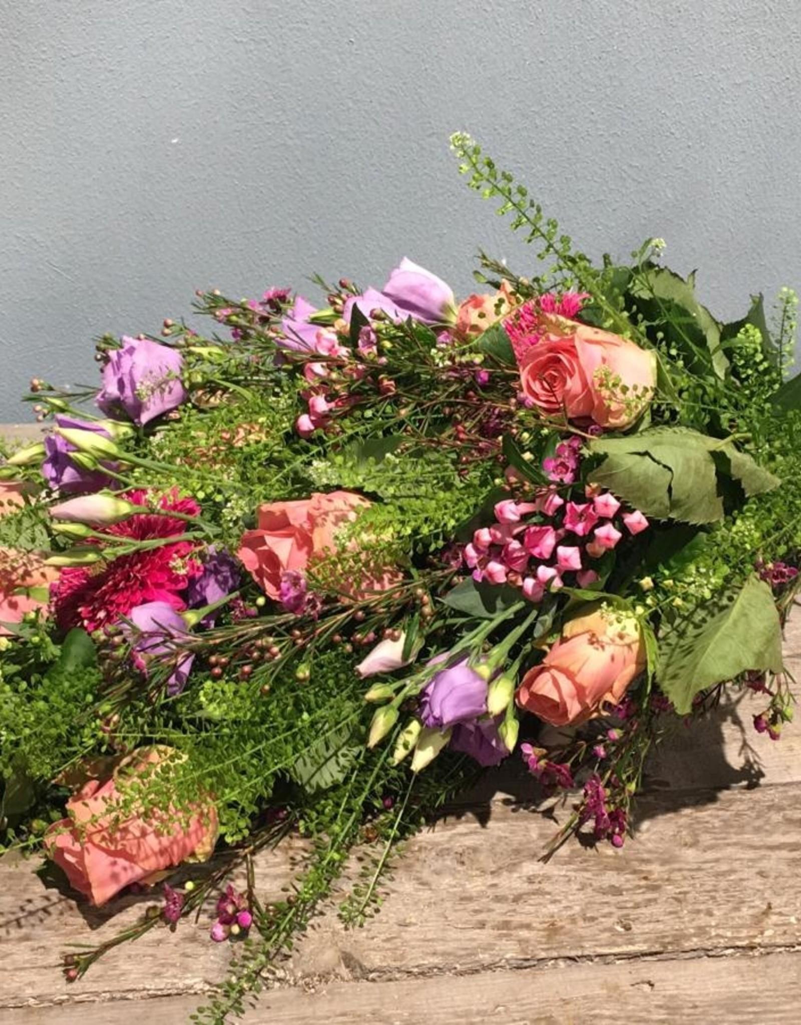 Rouwboeket roze, lila