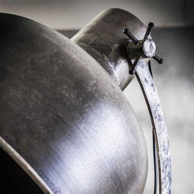 Vloerlamp Hoofddorp industry op wieltjes