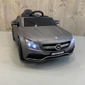 Mercedes-Benz Mercedes C63s AMG Matte Grijs