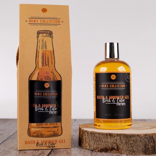Men's World Grappig cadeau mannen - MEN'S WORLD - Bad- en douchegel Birch & Cedar in bierfles look geschenkverpakking - 360 ML