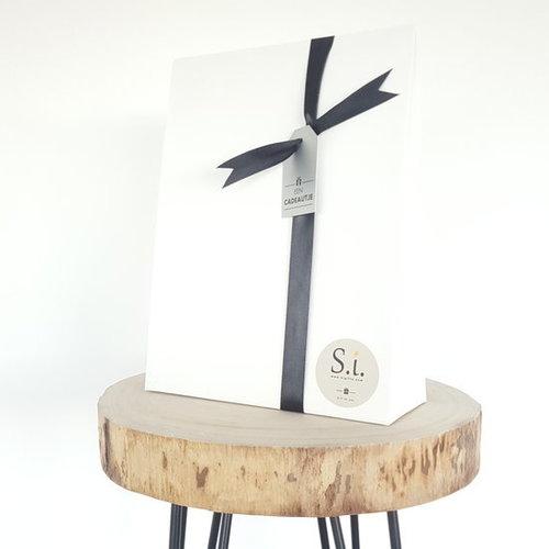 By Maroo By Maroo Romantic feelings - VEGAN FRIENDLY - Bad Geschenk voor vrouwen - Viola geur - In geschenkverpakking - Cadeau voor je geliefde