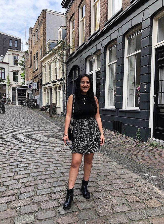 Iris Skirt Black