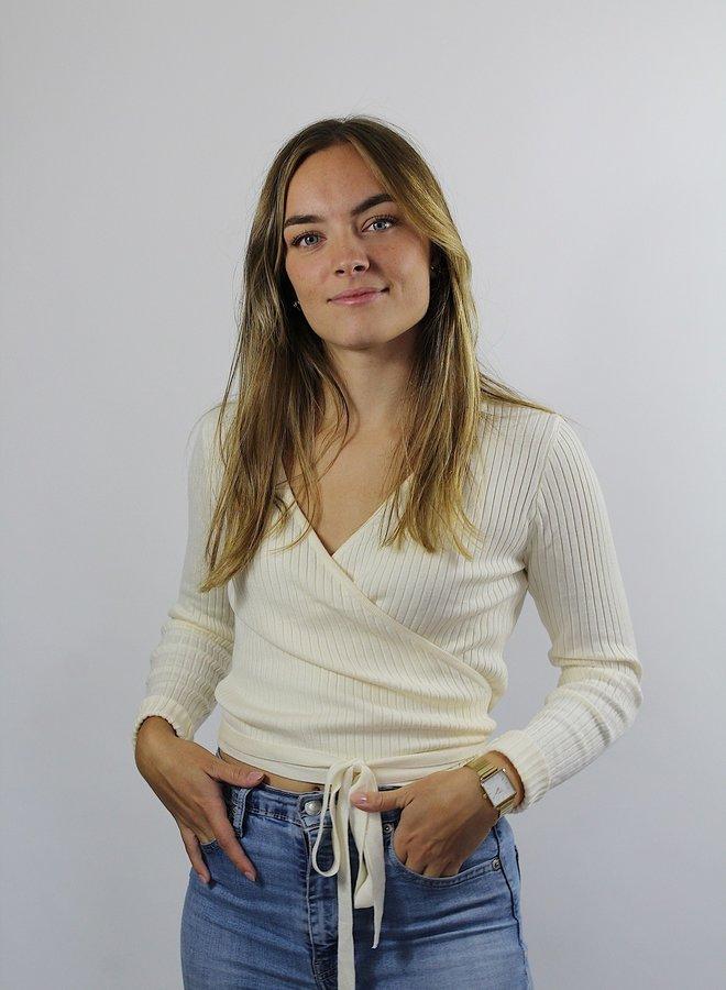 Liz Wikkeltop White
