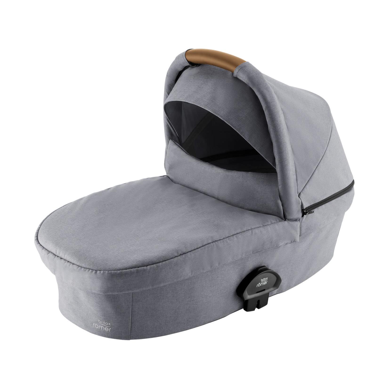 Britax Römer Britax Römer Smile 3 Hard Carrycot   Frost Grey, Brown handle