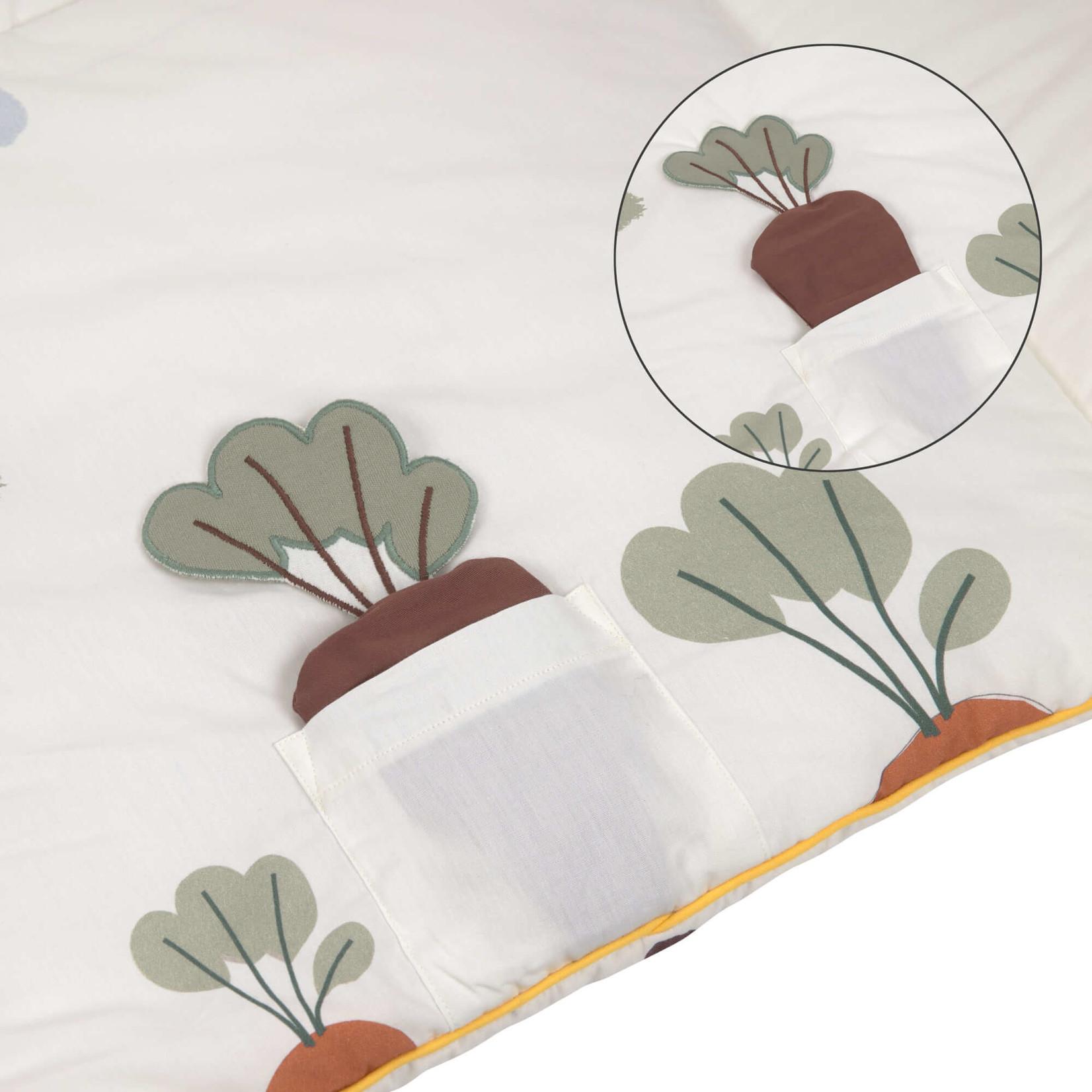 Lässig Activity Toy Blanket Tiny Farmer