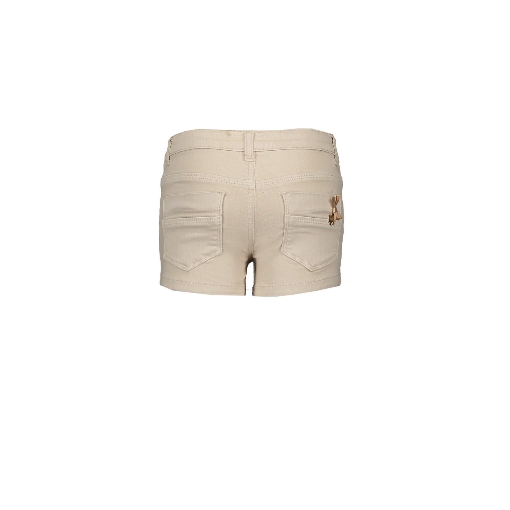 Le chic denim shorts studs & pearls