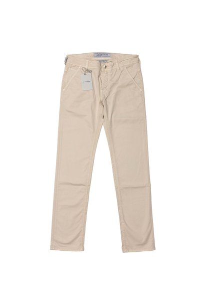 J613 Jeans