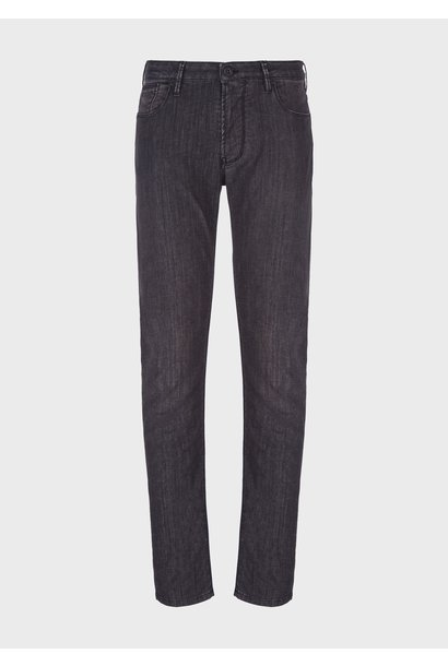 J75 Slim Fit Jeans