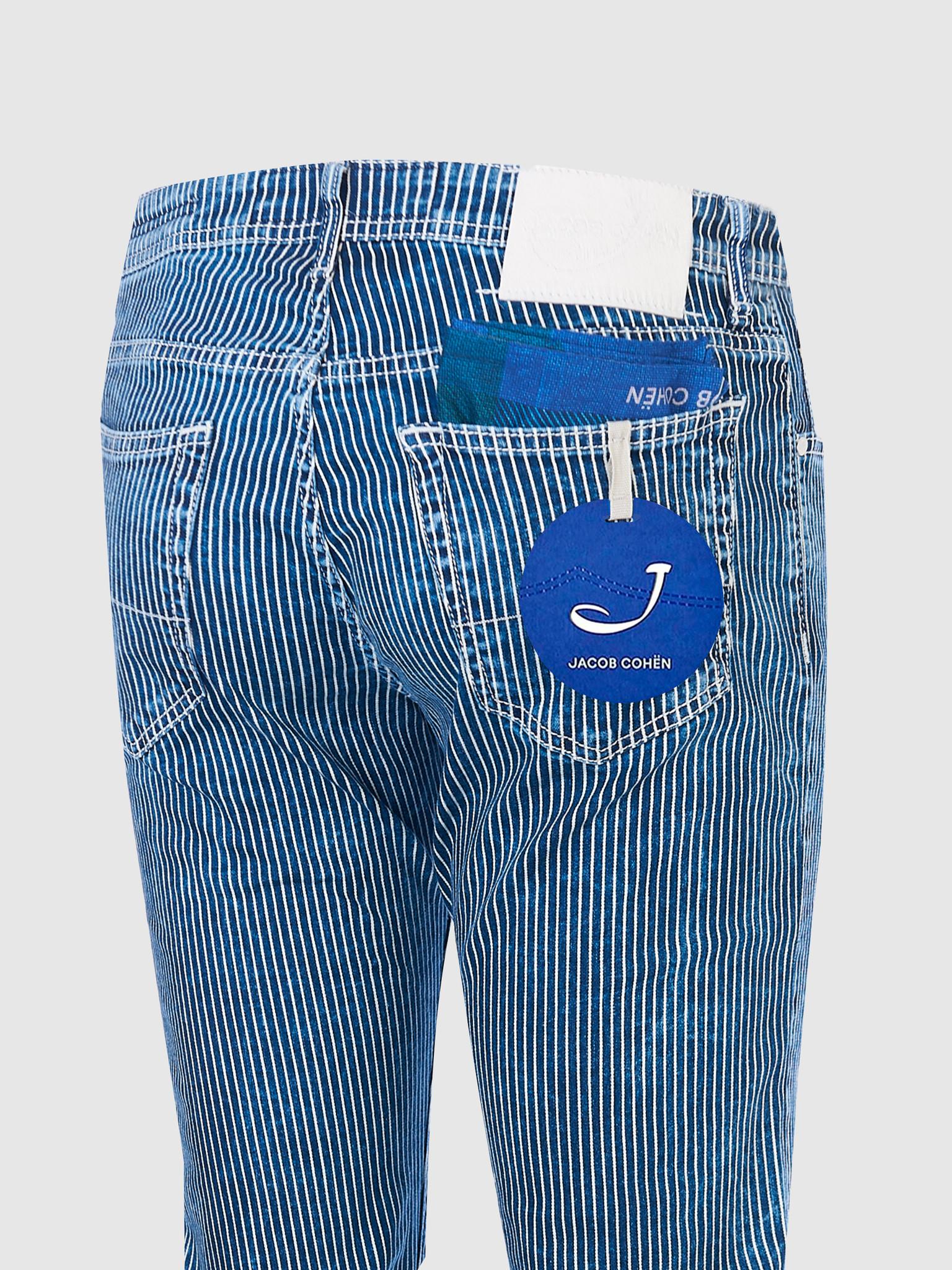 J688 Comf Jeans-3