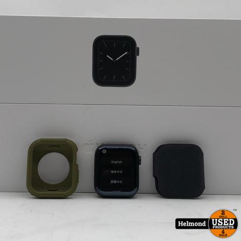 Apple Watch Series 5 44mm Black Sport Band + Extra Band | Zgan