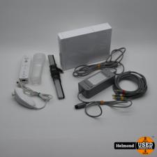 Nintendo Nintendo Wii Console en twee Controllers   In Nette Staat