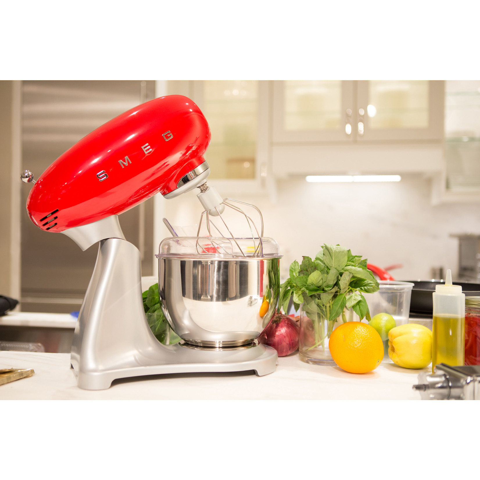 Smeg Smeg Keukenmachine SMF02RDEU, rood