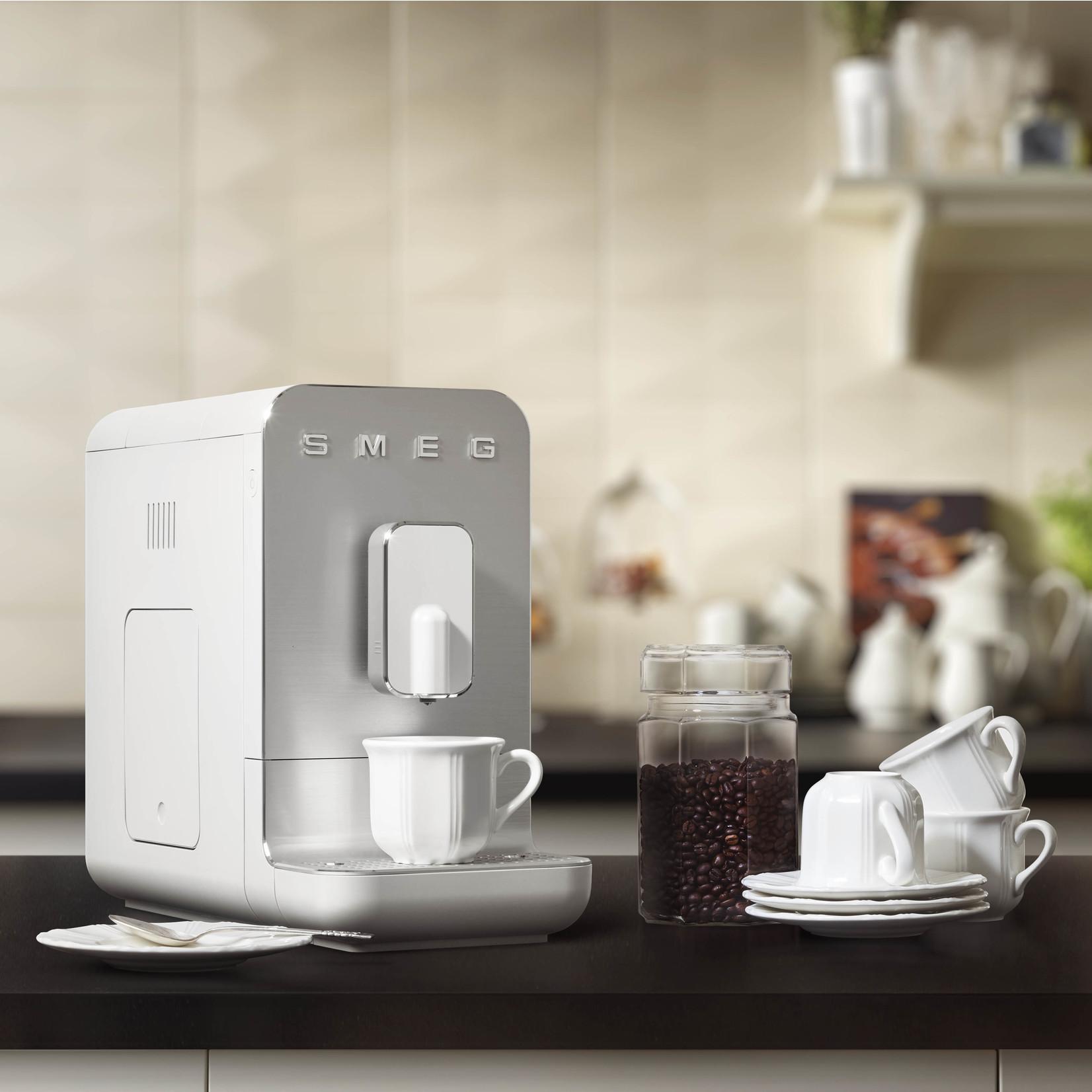 Smeg Smeg espressomachine basic, mat wit