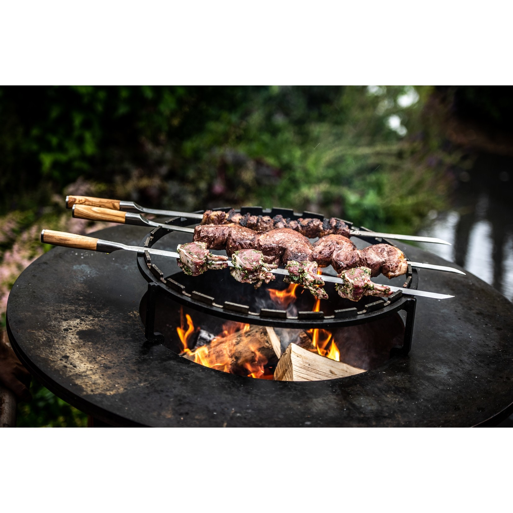 Forged Forged Churrasco spies v-vorm 60cm